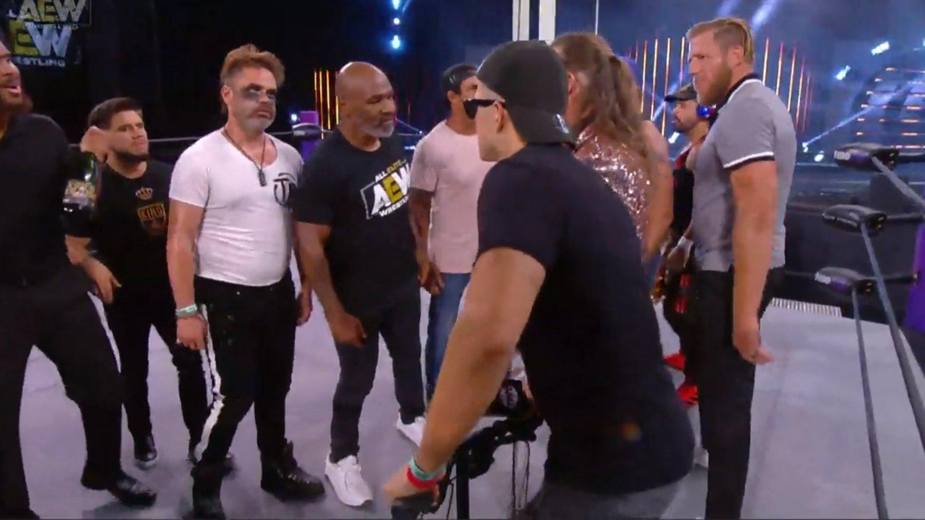 Huge brawl between Mike Tyson and Chris Jericho on AEW Dynamite