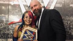 WWE TLC Fight Size: Attendance, Wrestlers React To Their Matches, Heath Slater Wrestling Again, More