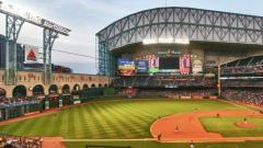 WWE Royal Rumble PPV To Be Held At Minute Maid Park In Houston, Texas In 2020