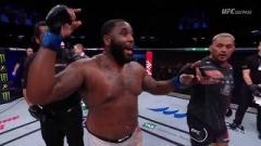 Justin Willis after defeating Mark Hunt.