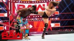 Daniel Bryan, Kofi Kingston Hit GTS On Each Other In WWE Live Event