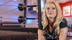 Toni Storm Wants Matches With Becky Lynch, Sasha Banks And Ronda Rousey