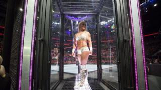 Mandy Rose Says She Felt Claustrophobic Waiting In The Elimination Chamber Pod Last Year