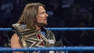 WWE Smackdown Review 11/7/17 | Fightful.com Podcast | Two Championship Matches!