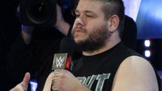 Fightful.com Podcast (9/5): WWE Raw Review, KO vs. Zayn, Bayley, More