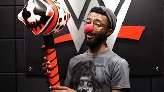 Bray Wyatt Holiday Box Unboxing, Randy Orton Wants Ken Shamrock For WWE HOF | Fight Size Update